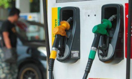 油价连续4週保持不变